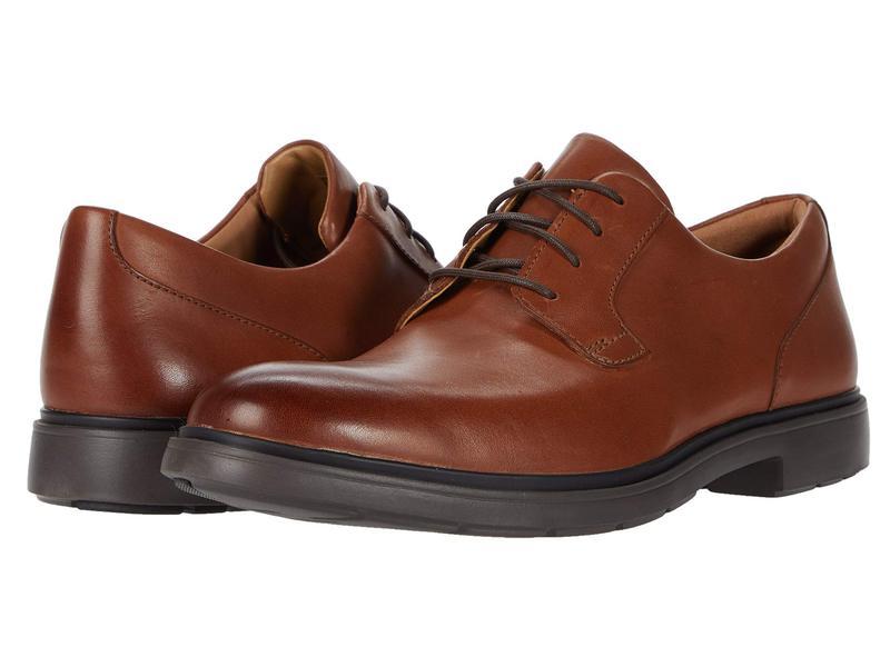 クラークス メンズ オックスフォード シューズ Un Tailor Tie Tan Leather
