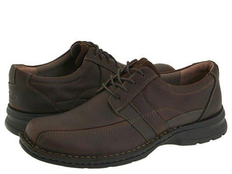 クラークス メンズ オックスフォード シューズ Espace Brown Oily Leather