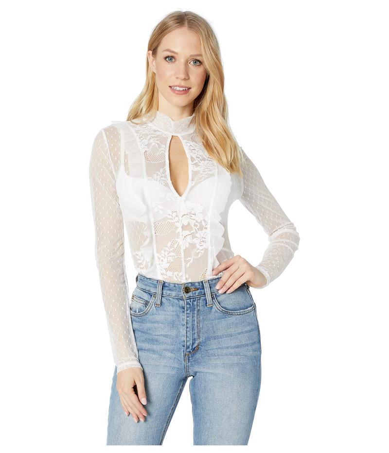 ビーシービージーマックスアズリア レディース シャツ トップス Long Sleeve Lace Cut Out Bodysuit Optic White