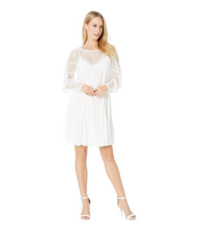 ビーシービージーマックスアズリア レディース ワンピース トップス Crew Neck Knit Cocktail Dress Optic White