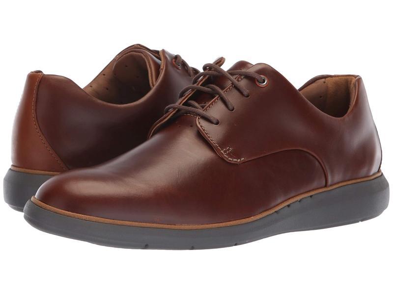 クラークス メンズ オックスフォード シューズ Un Voyage Plain Mahogany Leather