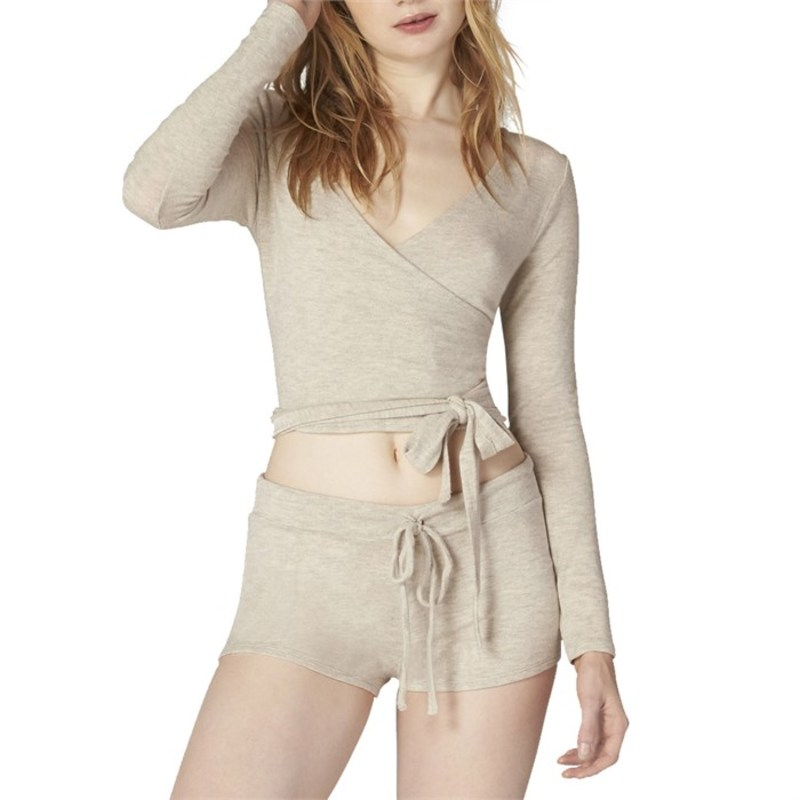 ビヨンドヨガ レディース パーカー・スウェット アウター Beyond Yoga All Around Wrapped Cropped Top - Women's Oatmeal Heather
