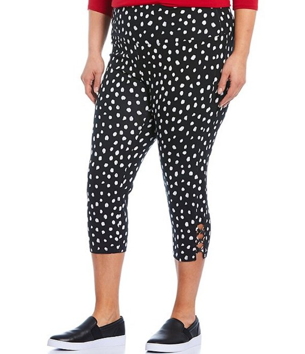 イントロ レディース カジュアルパンツ ボトムス Plus Size Teri Love the Fit Dalmatian Print Knot Trim Hem Detail Capri Leggings Ebony Black Dalmatian