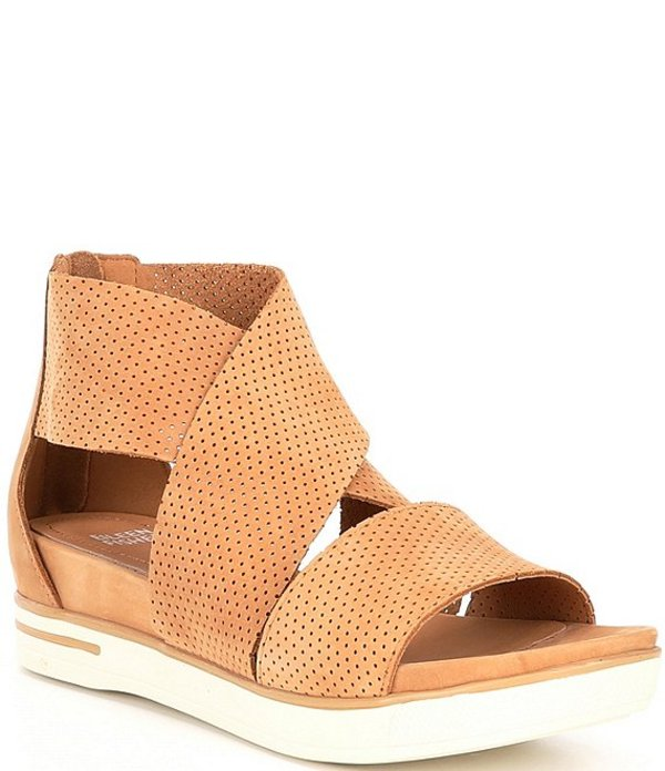 エイリーンフィッシャー レディース サンダル シューズ Sport3 Perforated Suede Leather Sandals Sand