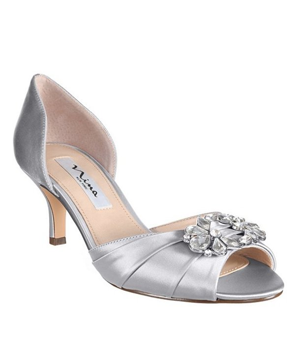 ニナ レディース ヒール シューズ Charisa Satin Crystal Brooch Peep-Toe d'Orsay Pumps Silver