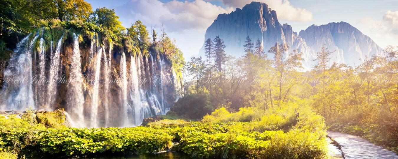 絵画風 壁紙ポスター (はがせるシール式) 滝 クロアチアの自然公園 池 大自然 東欧 パノラマ キャラクロ WTF-029P1 (パノラマ版 1440mm×576mm) 建築用壁紙+耐候性塗料 インテリア