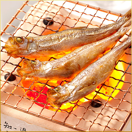 The offing is produced; is 30 new things the female of this shishamo smelt in large quantities! Hokkaido souvenir order gift excellent at fat riding
