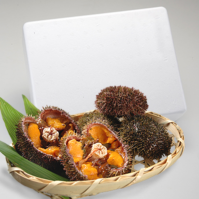 With shells from island Rishiri, Rebun, Hokkaido island as (gonads) x 1 sea urchin shell pieces direct from the farm! Hokkaido gift sweets gift