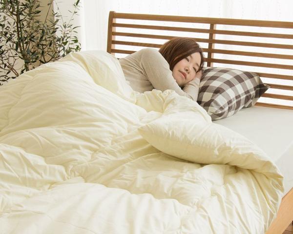 薄くてあったかいシンサレートUltra 掛け布団 ダブル サイズウルトラ150 洗える 冬