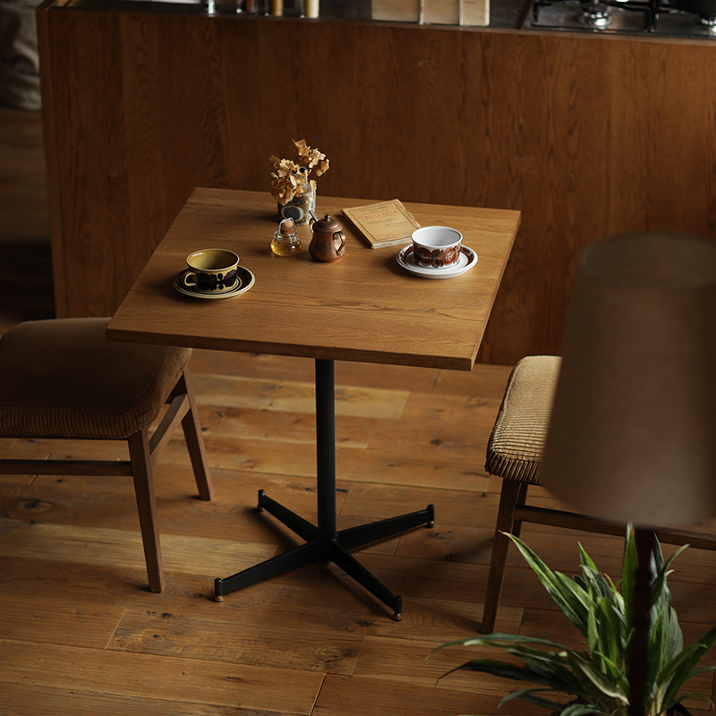 カフェテーブル テーブル ダイニング リビング 正方形 幅70 70 食卓 アイアン木製 1人用 注目ブランド 2人用 ヴィンテージ ブルックリン カフェ 送料無料 インダストリアル 開梱 北欧 高品質 WIRY インテリア アイアン おしゃれ 設置付き