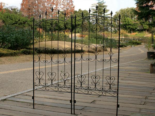 フェンス ガーデン 目隠し アイアン アイアンローズフェンス150 配達時間帯 4枚セット ガーデン (日 4枚セット・祝 配達時間帯 指定不可) 送料無料, マシケチョウ:33b7f3b0 --- officewill.xsrv.jp