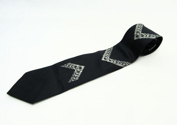 【送料無料】Dominique France/ドミニク フランス クラウン シルク刺繍ネクタイ 【中古】