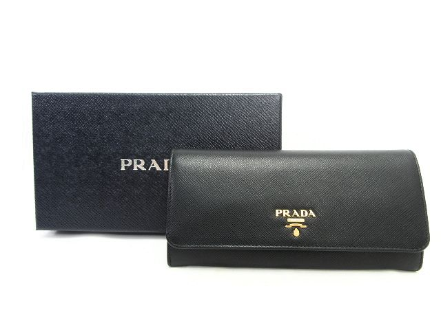 【送料無料】 PRADA/プラダ サフィアノ パスケース付二つ折り長財布 中古