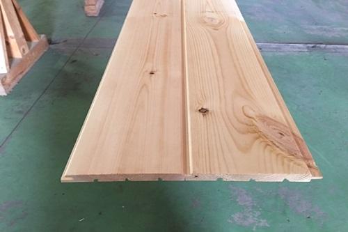 フローリング/ アウトレット/ 無塗装 DIY/ 床/ ECOグレード 長さ3900mm 無垢材/ 天井材/ 欧州赤松/ エンドマッチ加工 床板/20ミリ/ レッドパインフローリング20mm 腰板/ おすすめ/ 壁材/ 無垢フローリング 床板/ パイン材/ 床材/ (AB品)