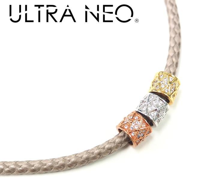 ウルトラネオ ULTRANEO 磁気ネックレス 菱形3カラーチャーム付 Diamond shape design レディース