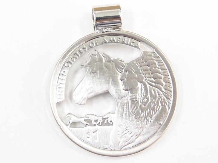 透かし彫り コインペンダント&キーリング 1ドル硬貨 ホース&インディアン ハンドメイド