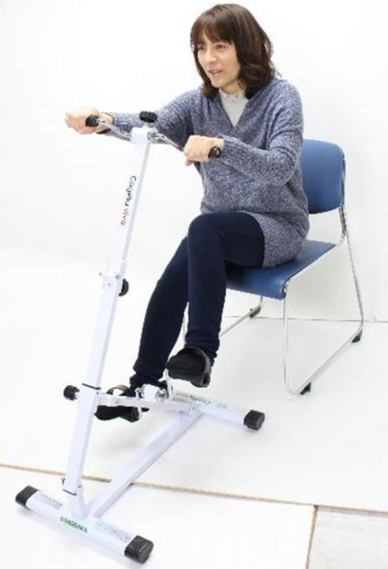 ルームサイクルこげーるVIVA 予防介護 サギサカ トレーニングマシン 折りたたみ式 ペダル運動器 ペダル漕ぎ運動