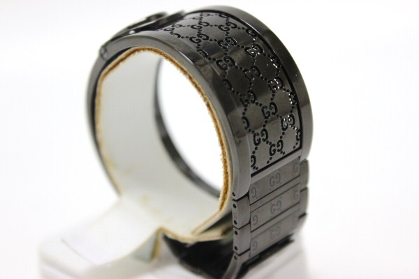ac44cf22761 GUCCI Gucci toile bangle watch Lady s watch SS quartz black YA112531 beauty  product