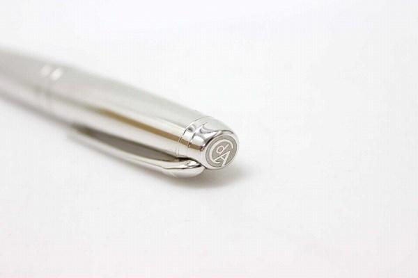 Caran d'Ache Karan dash LEMAN Geneva fountain pen 18 c 750 silver translation and KK 0601 Rakuten card Division