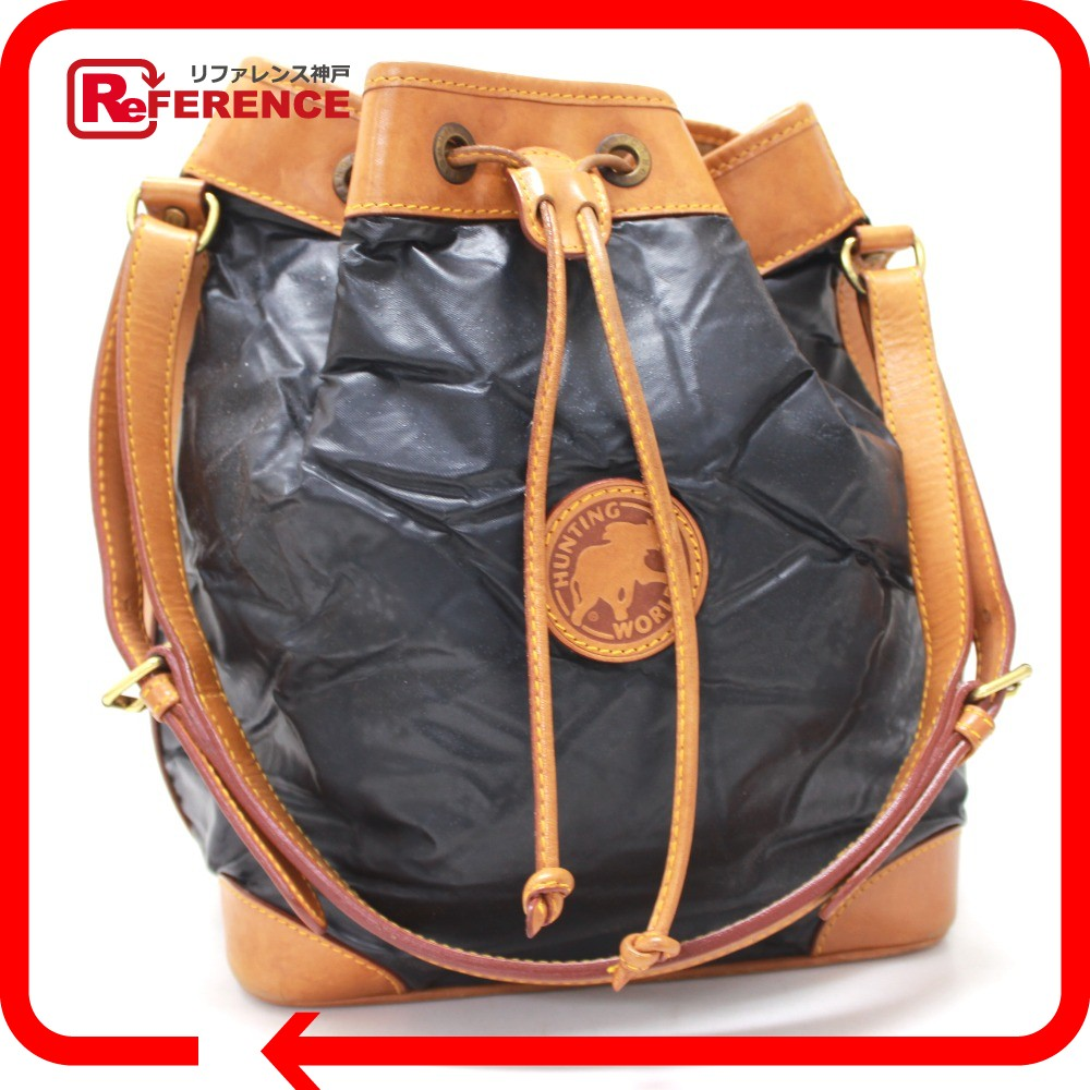 1f290a683c75 BRANDSHOP REFERENCE  HUNTING WORLD hunting world DrawString Batu surpass shoulder  bag Batu cloth   leather men s