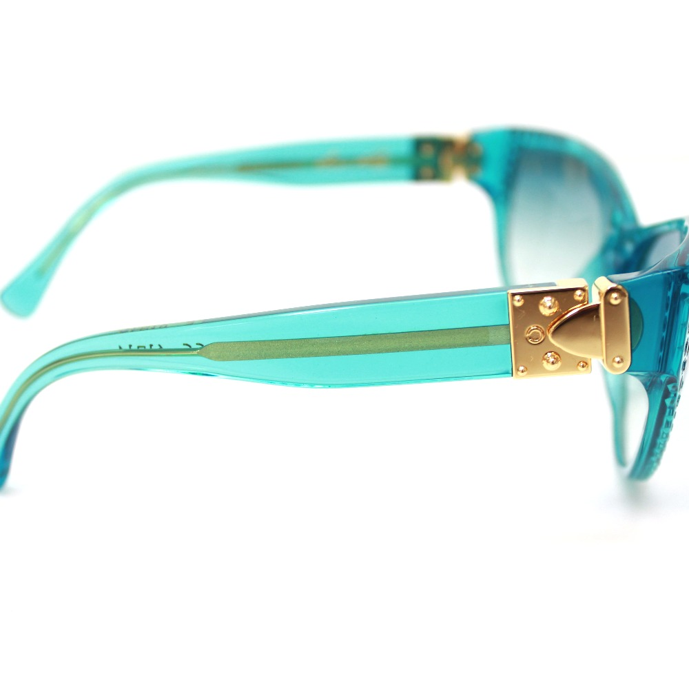 As well as an LOUIS VUITTON Louis Vuitton M96007EN Lady's lady tiger Lady Tiger sunglasses turquoise system blue Lady's new article