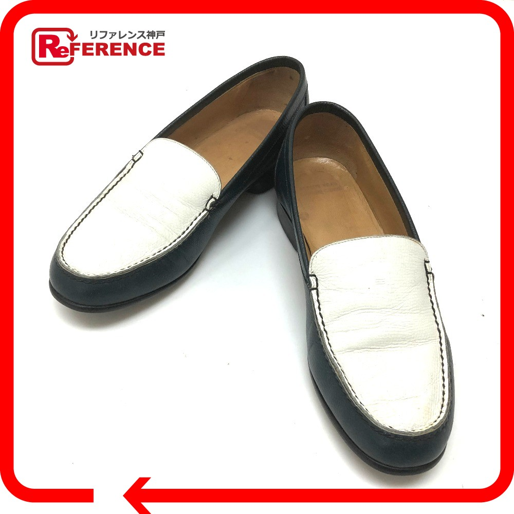 AUTHENTIC HERMÈS By color loafers Shoes Other Navy/White Leather