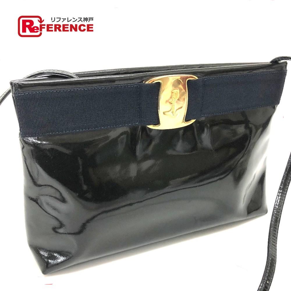 4504ba4d91d AUTHENTIC Salvatore Ferragamo Vala ribbon Shoulder Bag Black Patent Leather
