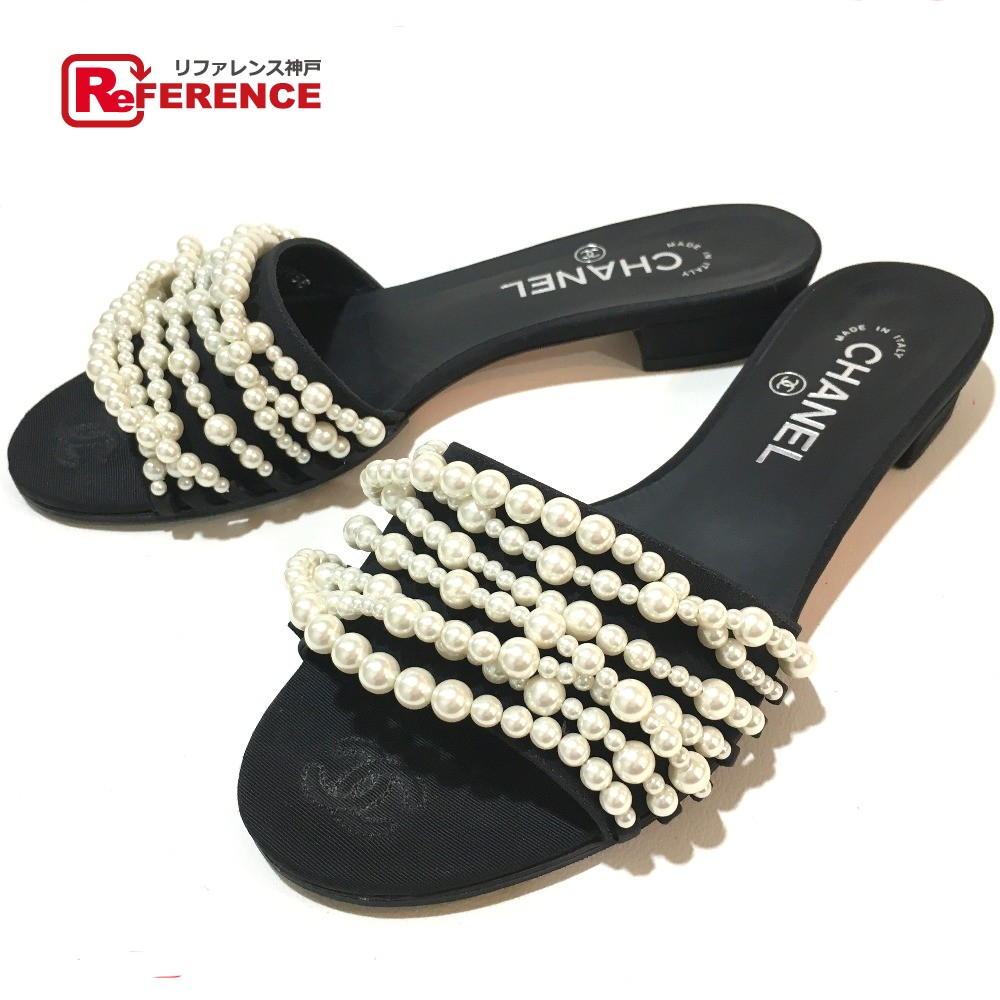 525c053afaf AUTHENTIC CHANEL Mules Model 2017 shoes Sandals Black x White Faux Pearl  G32856 Printed Size  38C