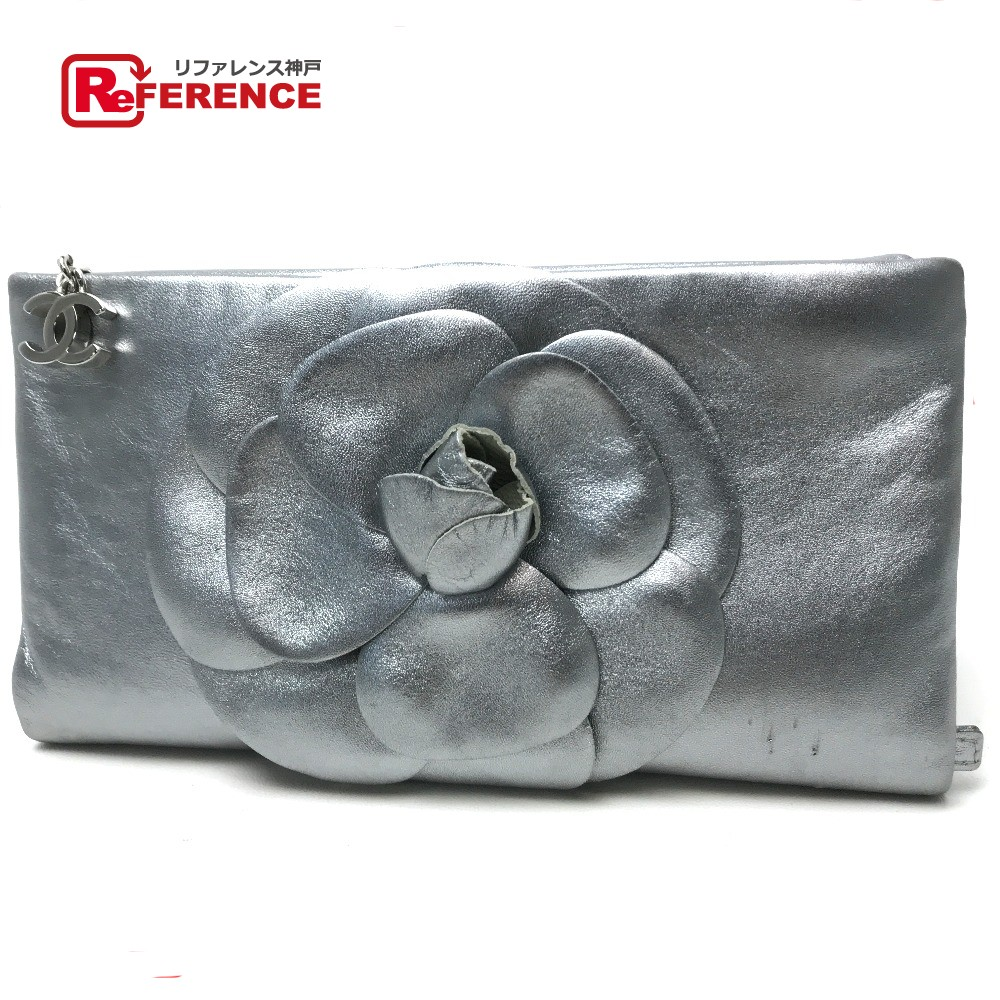 21a59da42806 ... AUTHENTIC CHANEL Camellia Folded Bag Clutch bag Metallic Light Gray  Based Leather