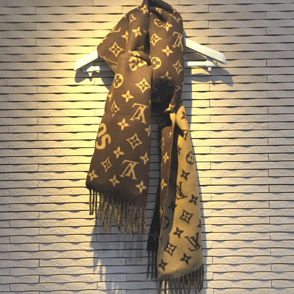 bf16896fca35a AUTHENTIC LOUIS VUITTON 17aw Supreme Louis Vuitton Monogram Scarf Louis  Vuitton x Supreme Monogram Men s Women s Scarf Brown MP1891