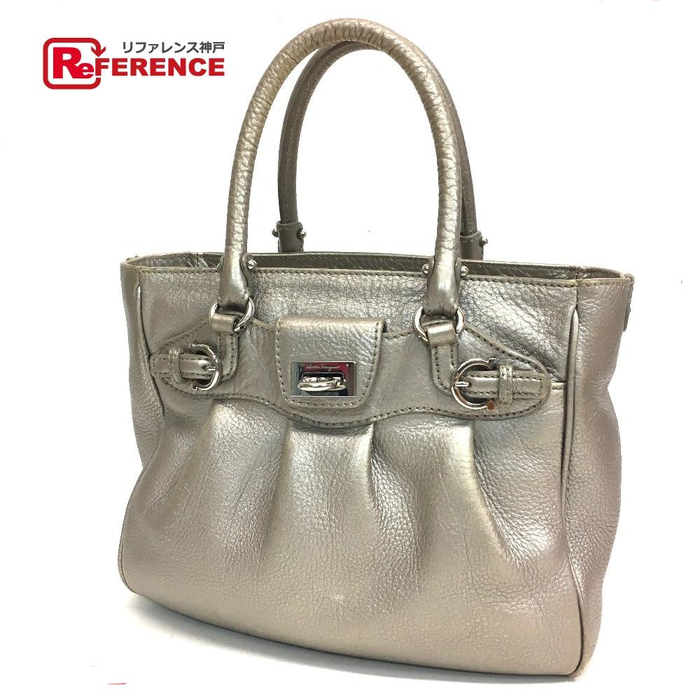 AUTHENTIC Salvatore Ferragamo Gancini Shoulder Bag Tote Bag Hand Bag  SilverBased Leather 7391ac725a799
