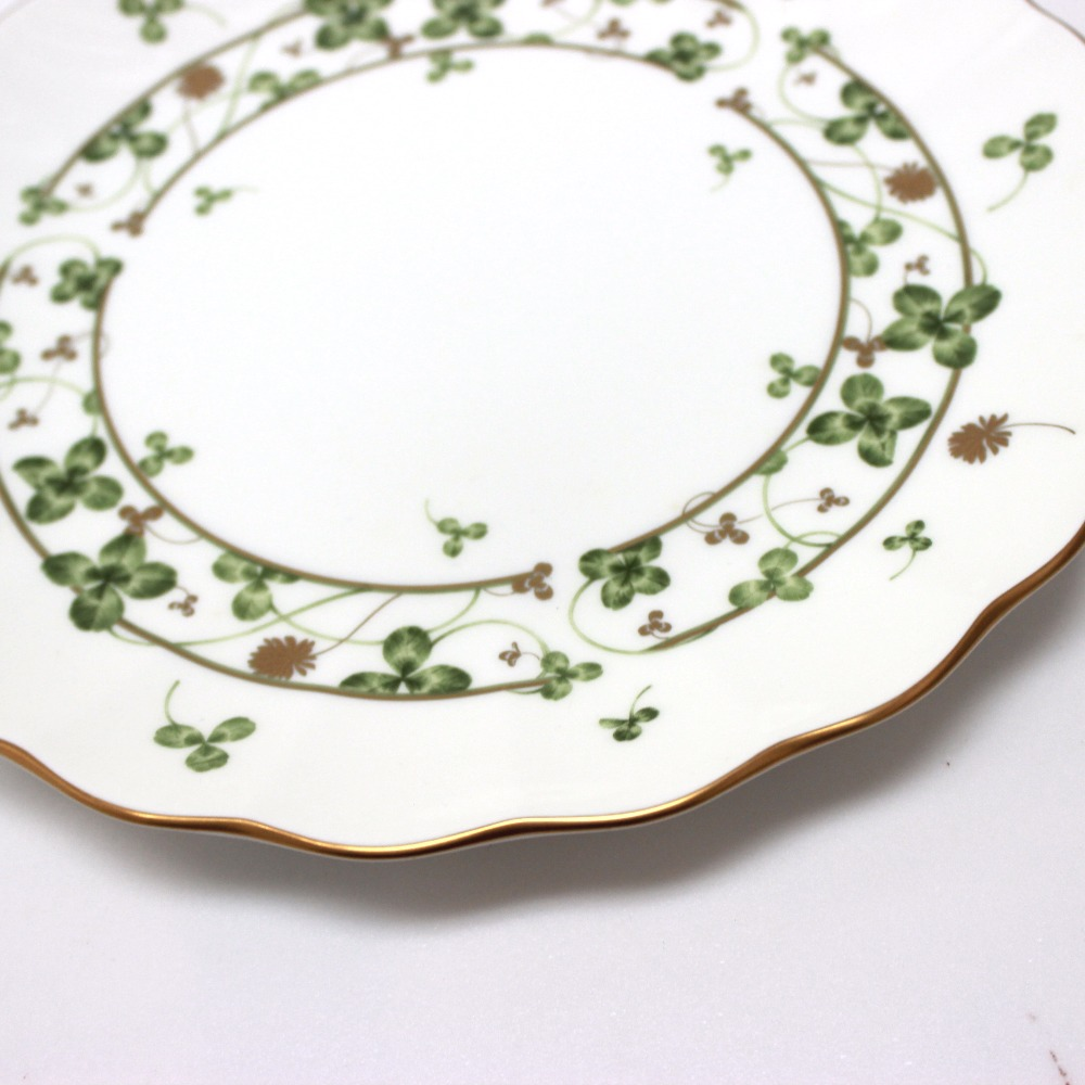 AUTHENTIC NARUMI Clover pattern plate dish Other White/Green Bone china