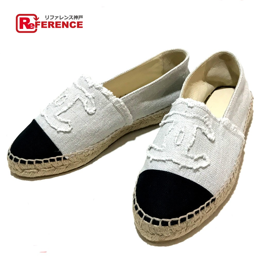 online store 02aab 5dd3c AUTHENTIC CHANEL Unused CC Espadrilles Slippon Flat shoes Shoes Other Ivory  x Black Canvas 6