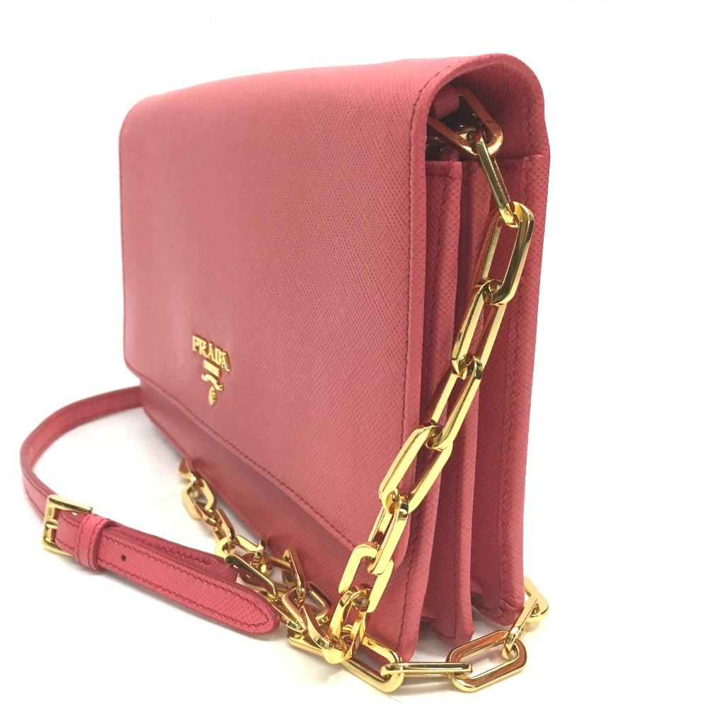 5c845ec260e2 ... AUTHENTIC PRADA SAFFIANO METAL 2 WAY ChainShoulder Clutch Bag Chain  Wallet Shoulder Bag pink Saffiano Leather ...