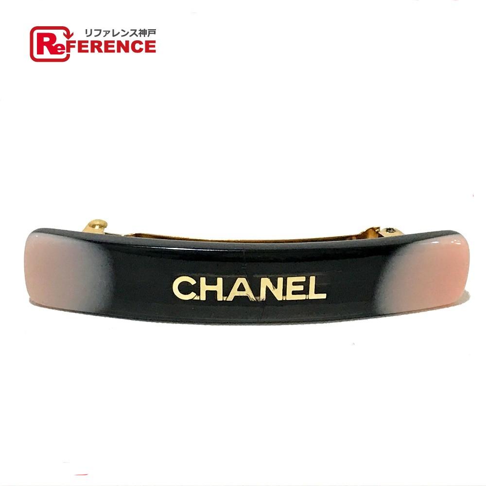CHANEL シャネル ヘアアクセサリー ロゴ 01A バレッタ プラスチック ブラック レディース【中古】