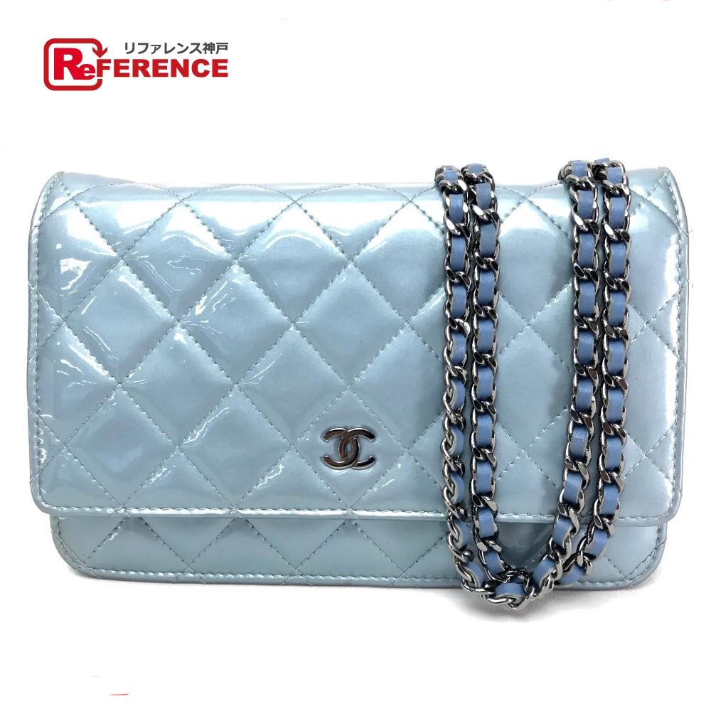 18136350de2d AUTHENTIC CHANEL Matelasse Chain wallet Wallet bag Crossbody pochette Shoulder  bag Light blue Patent Leather A33814 ...