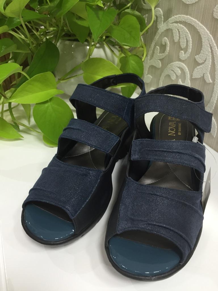 『05-6155-130』2016年大人気靴(1万以上のお買い上げで送料無料)(ラッピング無料)MADE IN JAPAN(ネイビー)(EEE)VITA NOVA定価¥13000