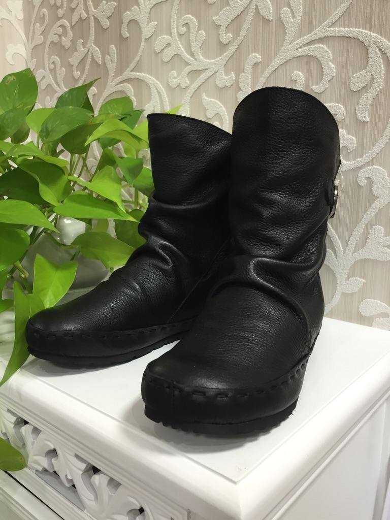 ショートブーツ秋冬『05-1579-BK-22000』2016年大人気靴(1万以上のお買い上げで送料無料)(ラッピング無料)MADE IN JAPAN(ブラック)(VITA NOVA)05-1579-BK-定価¥22000(ヴィタノヴァ)