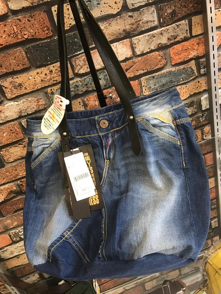 『REPLAY』『デニムバック』綿100%(リプレイ)大人気Tシャツ(1万以上のお買い上げで送料無料)(父の日ラッピング無料)FW3637-901-18000