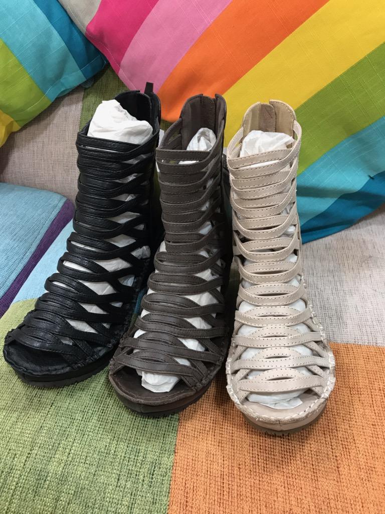 『グラディエータ』大人気靴ヒナデイグリーン Hina Day Green (1万以上のお買い上げで送料無料)(ラッピング無料)(ヒナ)97-4390-18000