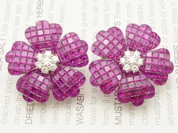 WG×ルビー29.40ct ×ダイヤモンド0.90ctピアス ツァボライトダイヤモンドピアス