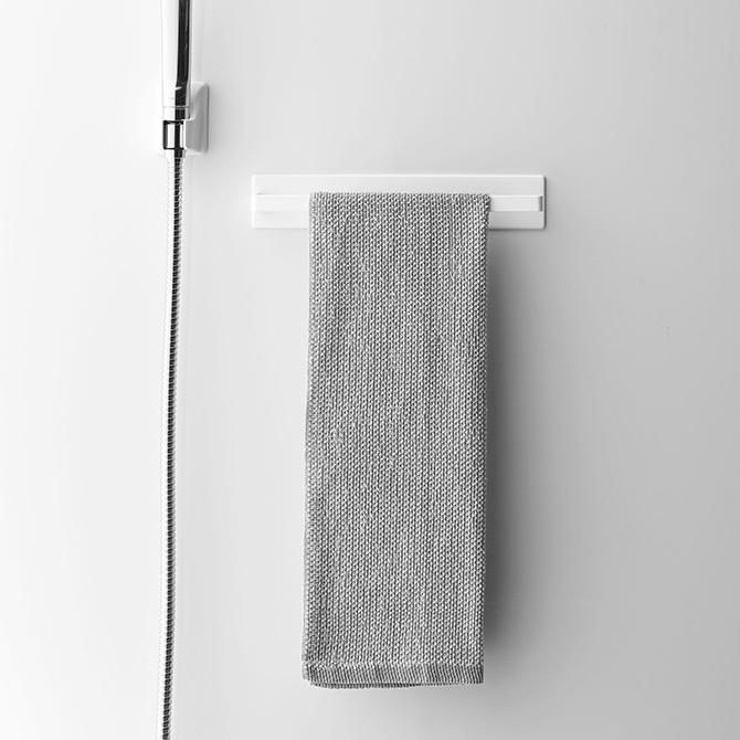 磁石で浴室に簡単取付 マグネットバスルームタオルハンガー MIST ミスト ホワイト 04231 山崎実業 磁石 YAMAZAKI 浴室 タオル掛け 好評受付中 セールSALE%OFF
