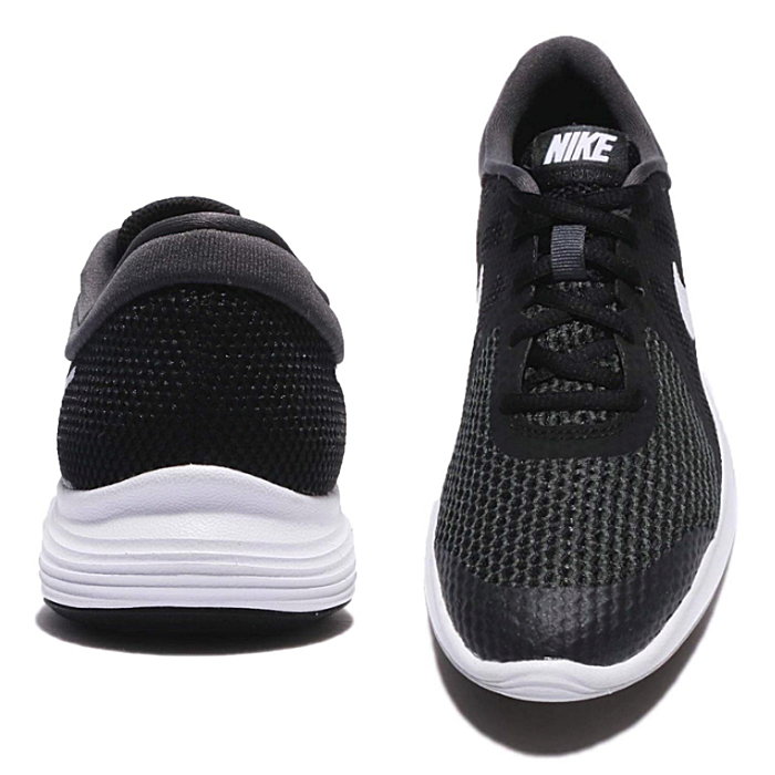 714f97714f2 ナイキリボリューション 4 Lady s kids running shoes Nike Revolution 4 GS 943