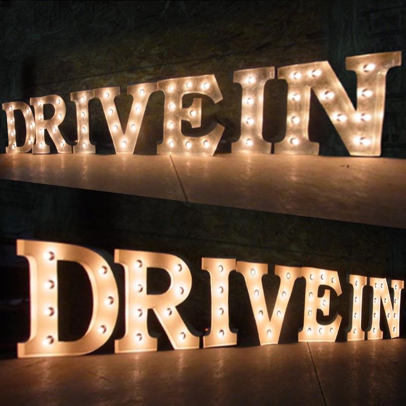 AMERICAN SIGN WITH LIGHT 「DRIVE IN」 ネオンサイン 電飾看板 照明 ブリキ製 drivein ライト アメリカン 雑貨 ライブハウス 飲食店 看板 かっこいい おしゃれ インテリア (メーカー直送、代金引き不可)