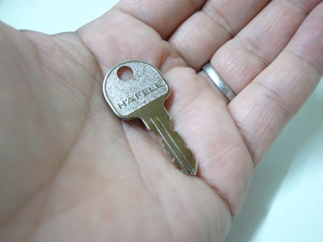 ハーフェレ(HAFELE)純正子鍵キー(販売は2本で1セット売りとなります)ご注文時キー番号をご指定下さい。☆☆ハーフェレ HAFELE☆サイモ symo 純正キー カギ 鍵☆ハーフェレ HAFELE☆☆