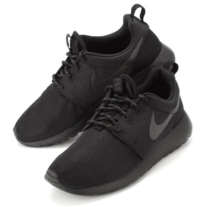 Nike Roshe Correr Mercado Negro Blanco Tienda De Triples envío libre barato vLaaX7m