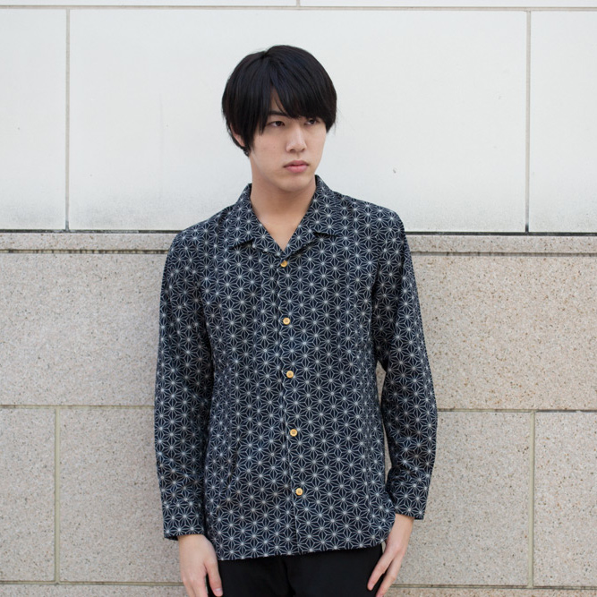 Sum pattern wing-collared shirt (hemp ノ leaf)