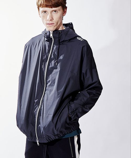 【attack the mind 7】DOLMAN ANORAC BZHOODED LOGO GUCCXI ジャケット(ATMJ059-PL01)