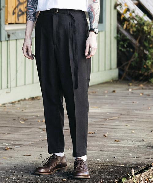 【MROLIVE(ミスターオリーブ)】【予約販売4月末~5月上旬入荷】RETORO POLYESTER TWILL -BELTED WIDE TAPERED PANTS パンツ(M-19101)