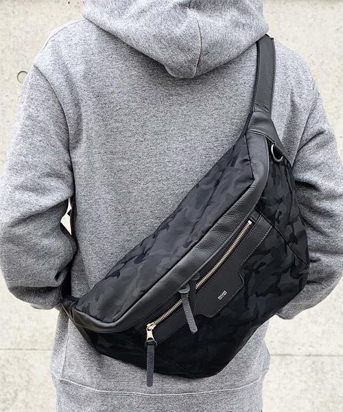 【DECADE(ディケイド)】【予約販売ご注文から1週間後出荷】Big Waist Shoulder Bag バッグ(DCD-01204)